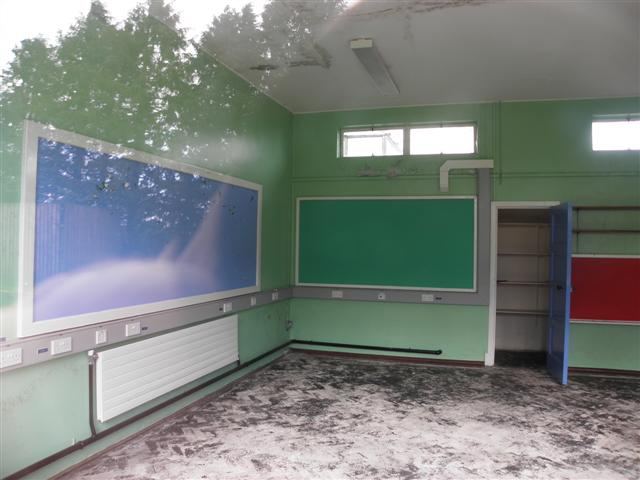 Classroom with no furniture.